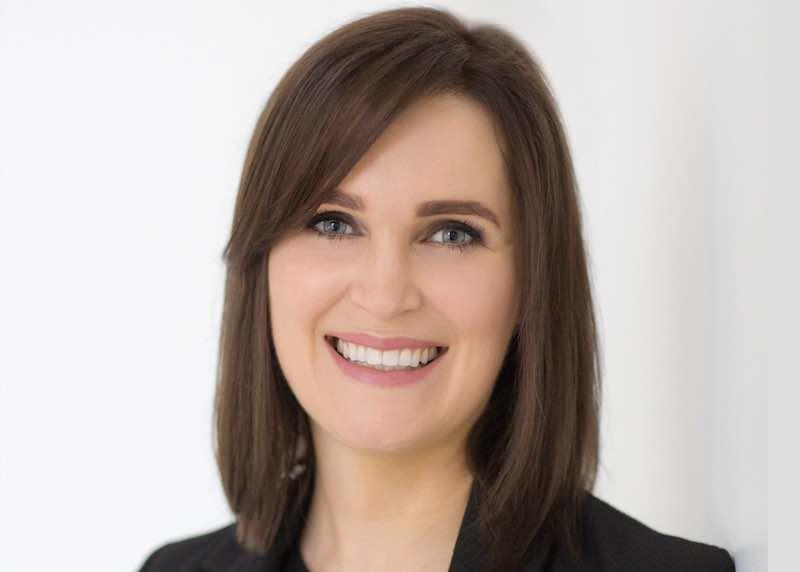 Dr Julia Rhodes